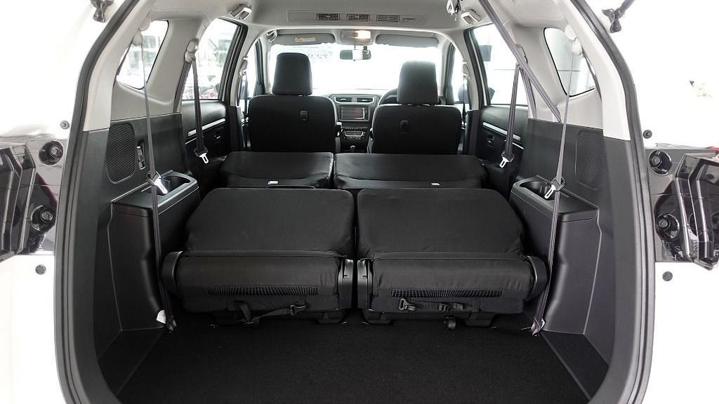 2019 Perodua Aruz 1.5 X Interior 074