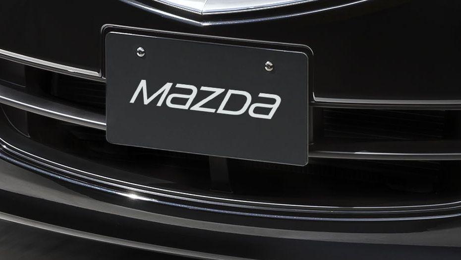 Mazda Biante (2017) Exterior 006
