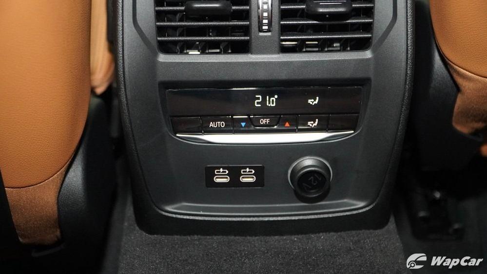 2019 BMW 3 Series 330i M Sport Interior 024