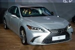 2020 Lexus ES updated in Malaysia - now with Android Auto and Apple CarPlay