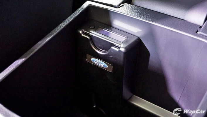 2019 Ford Ranger 2.0L XLT Limited Edition Interior 003