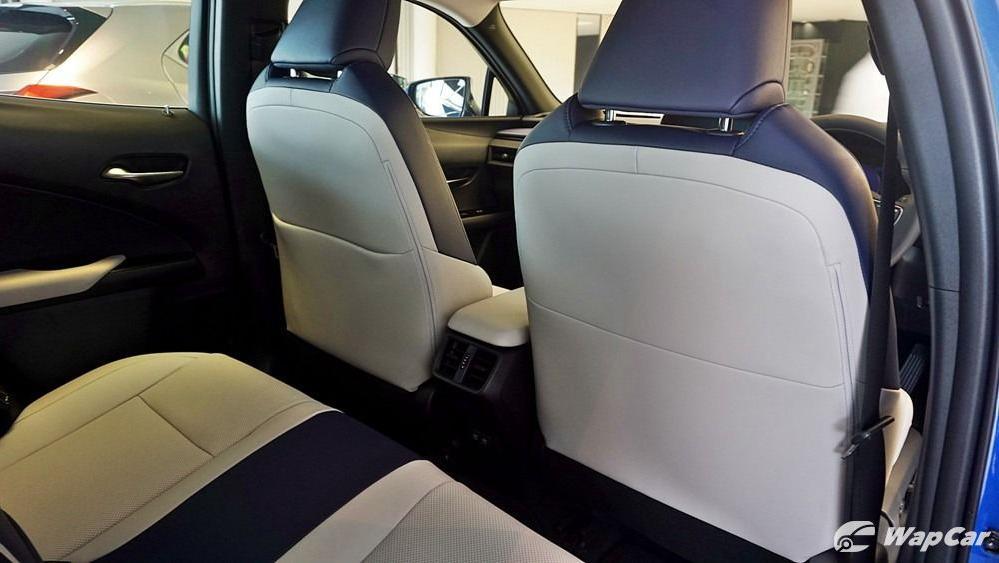 2020 Lexus UX 200 Luxury Interior 064