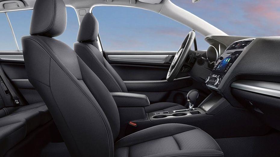 Subaru Outback (2018) Interior 011