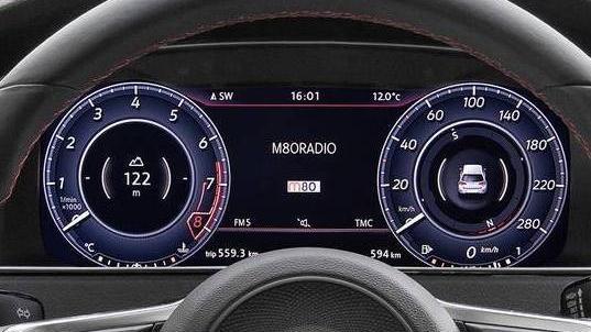 Volkswagen Golf GTI (2019) Interior 001