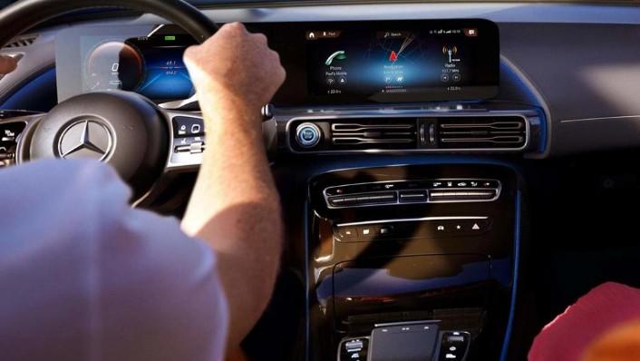 Mercedes-Benz EQC-Class (2019) Interior 001