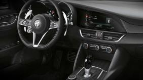 Alfa Romeo Giulia (2019) Exterior 001