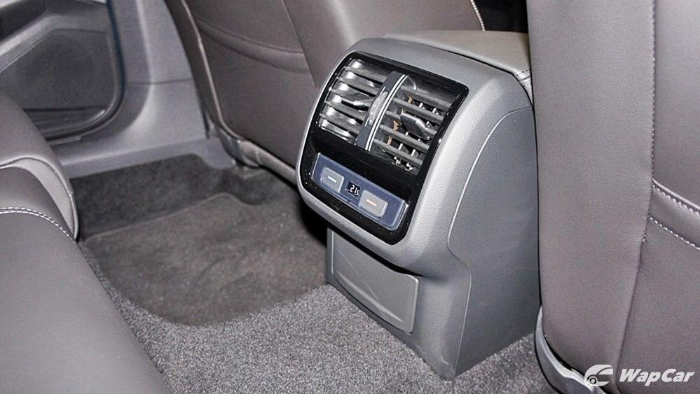 2020 Volkswagen Passat 2.0TSI Elegance Interior 119