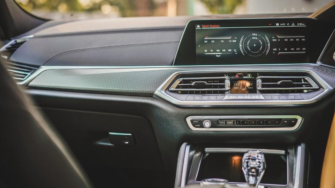 2020 BMW X6 xDrive40i M Sport Interior 004