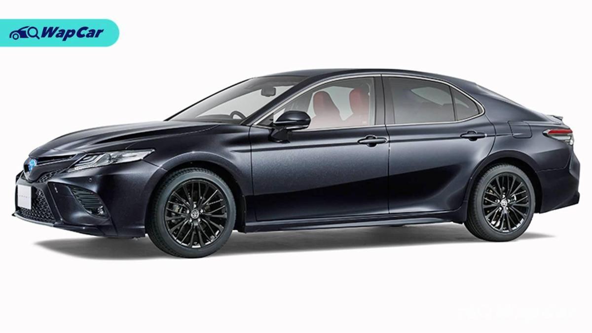 2020 Toyota Camry WS Black Edition celebrates the sedan's 40th anniversary 01