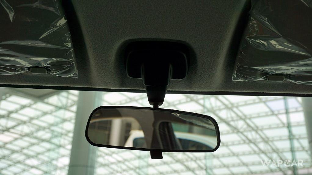 Perodua Bezza (2018) Interior 043