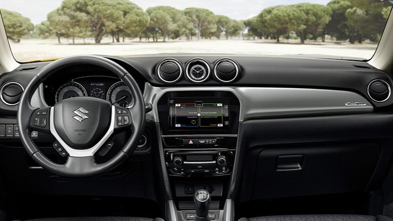 Suzuki Vitara (2018) Interior 001