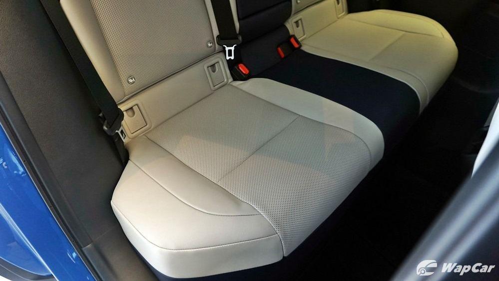 2020 Lexus UX 200 Luxury Interior 063
