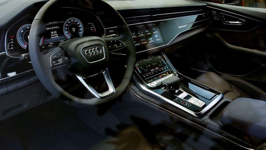 Audi Q8 (2019) Interior 001