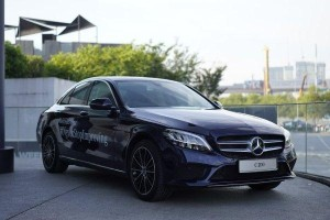Briefly, pros and cons of W205 Mercedes-Benz C-Class