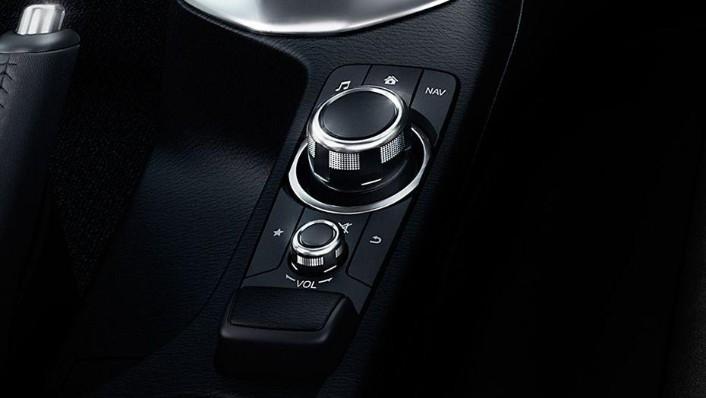 Mazda 2 Sedan (2018) Interior 001