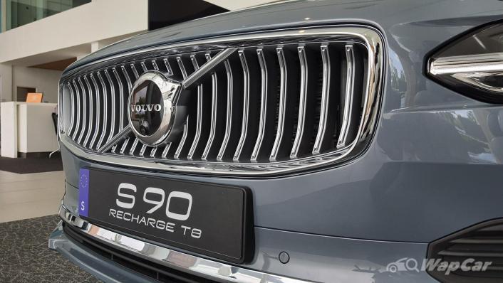 2021 Volvo S90 Recharge T8 Inscription Plus Exterior 004