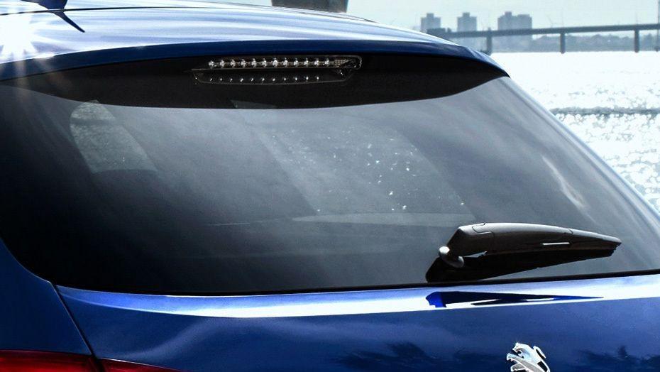 Peugeot 308 (2017) Exterior 010