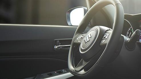 Suzuki Swift (2018) Interior 002