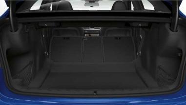 BMW 3 Series (2019) Interior 007