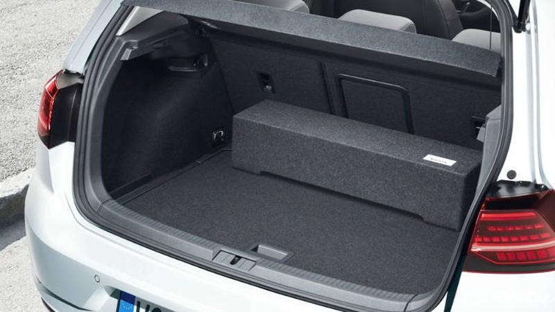 2019 Volkswagen Golf boot