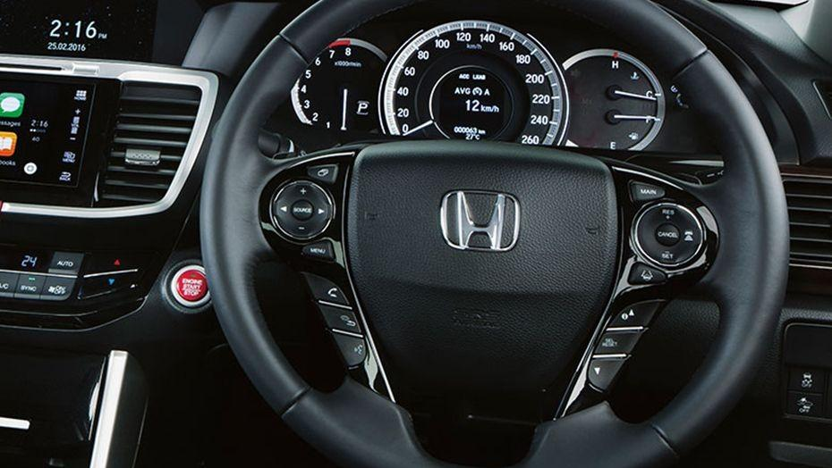 Honda Accord (2018) Interior 002