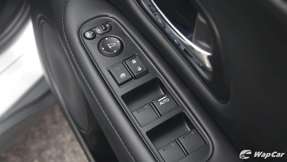 2019 Honda HR-V 1.5 Hybrid Interior 073