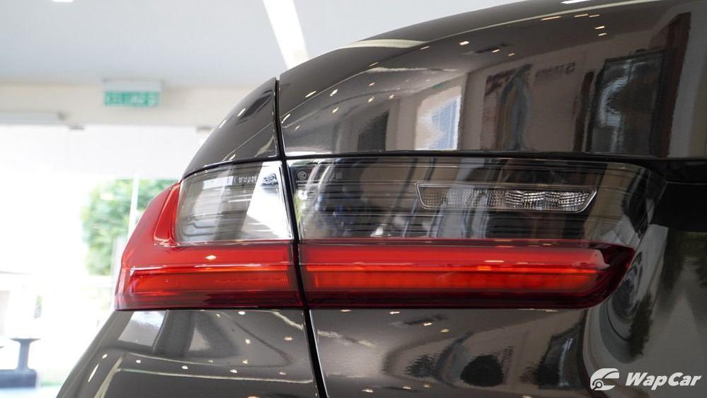 2019 BMW 3 Series 330i M Sport Exterior 024
