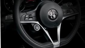 Alfa Romeo Giulia (2019) Exterior 002