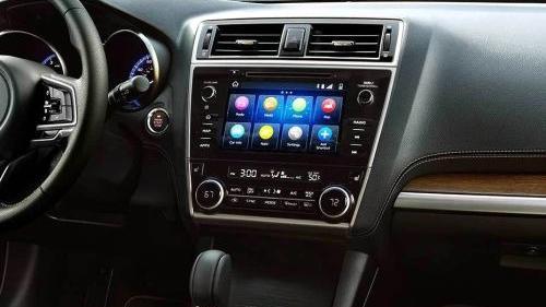 Subaru Outback (2018) Interior 003