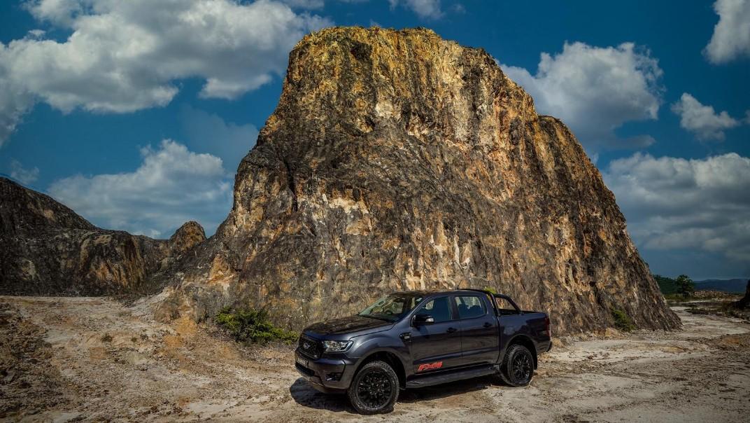 2020 Ford Ranger FX4 Exterior 003