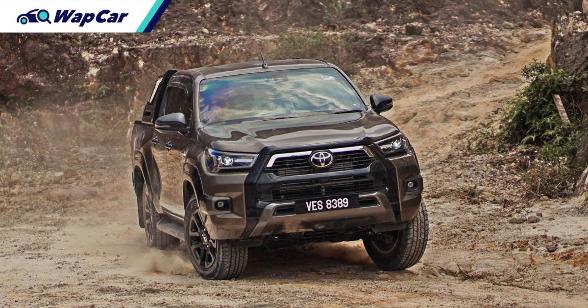 How to use the new off-road driving features in 2020 Toyota Hilux - Superflex suspension, Auto LSD, new A-TRC 01