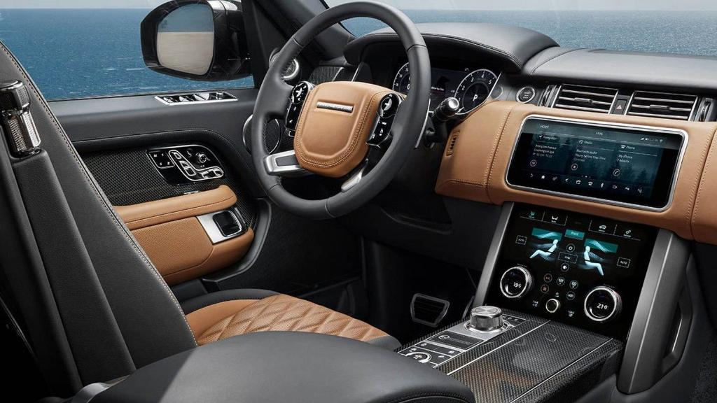 Land Rover Range Rover (2017) Interior 001