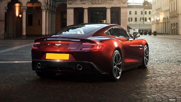 Aston Martin Vanquish (2018) Exterior 004