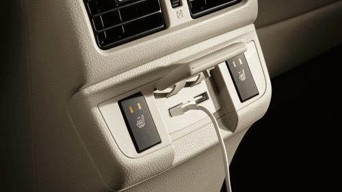 Subaru Outback (2018) Interior 014