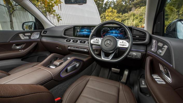 2020 Mercedes-Benz GLS 450 4Matic Interior 002