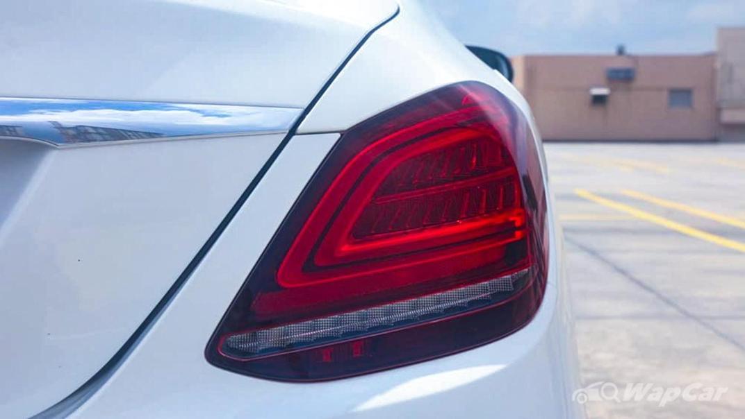 2018 Mercedes-Benz C-Class C 300 AMG Line Exterior 012
