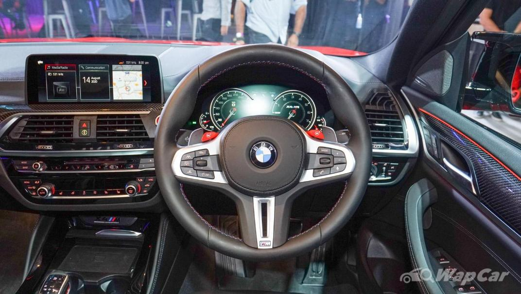 2020  BMW X4 M Competition Interior 002