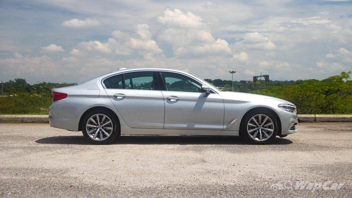 2019 BMW 5 Series 520i Luxury Exterior 004