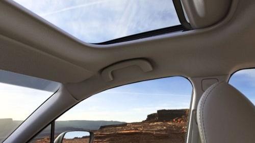 Subaru Outback (2018) Interior 015