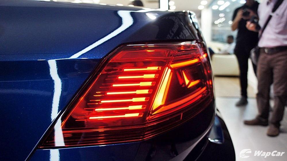 2020 Volkswagen Passat 2.0TSI Elegance Exterior 042
