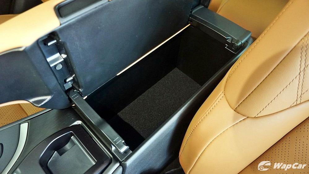 2020 Lexus UX 200 Luxury Interior 051