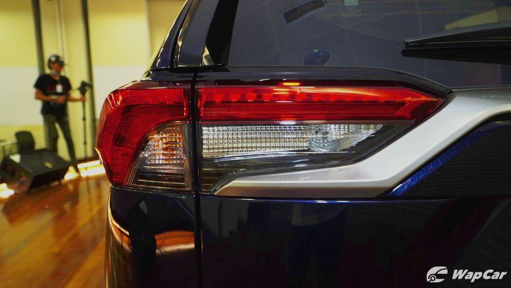 2020 Toyota RAV4 2.5L Exterior 092