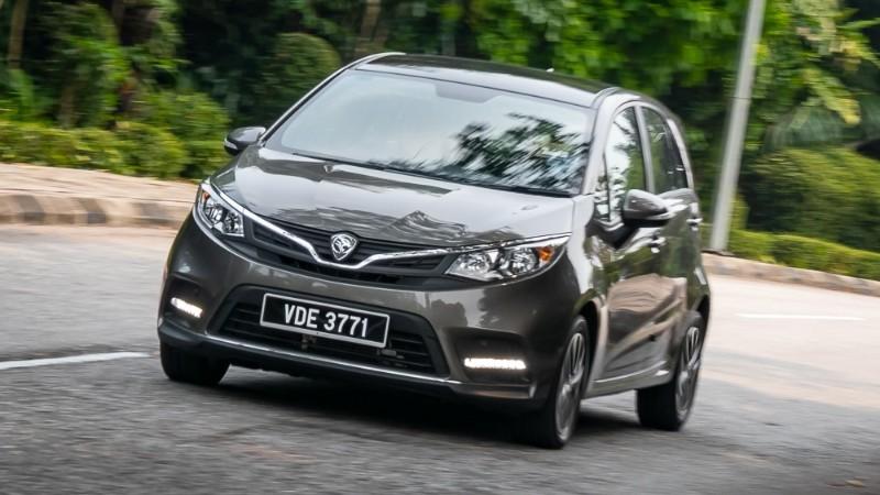 Apakah perbezaan antara Perodua Myvi vs Proton Iriz? 02