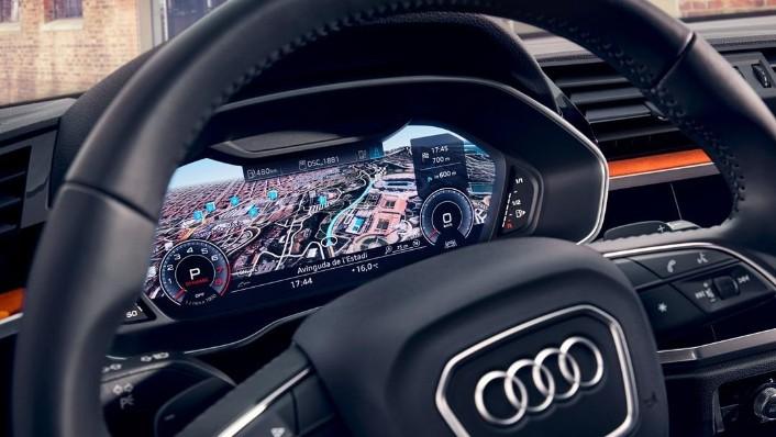 Audi Q3 advanced 1.4 TFSI S Interior 001