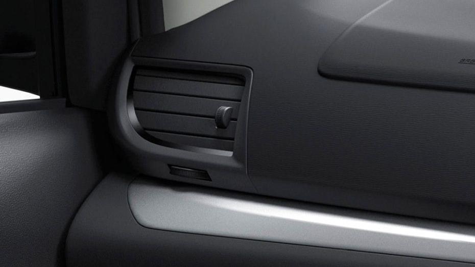 Toyota Avanza (2019) Interior 008