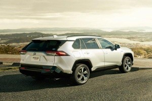 2020 Toyota RAV4 PHEV sold out in Japan, orders temporarily halted