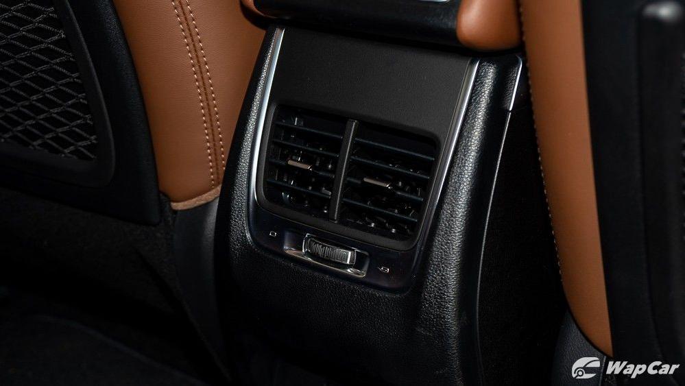 2020 Proton X70 1.8 Premium 2WD Interior 046