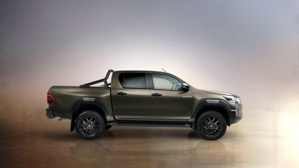 2020 Toyota Hilux Exterior 003