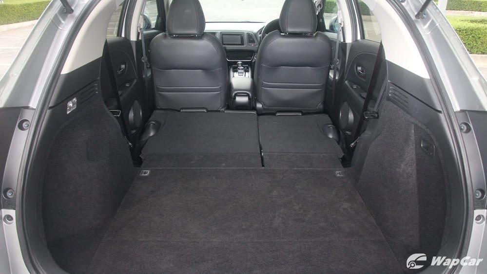 2019 Honda HR-V 1.5 Hybrid Interior 085
