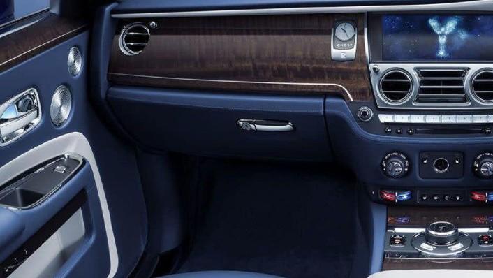 2010 Rolls-Royce Ghost Ghost Interior 005